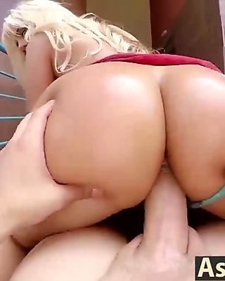 Blondie Fesser was down to suck a cock