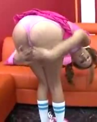 Alissa Hall - Big Teen Butts (Pigtail Blonde Decent Tits)