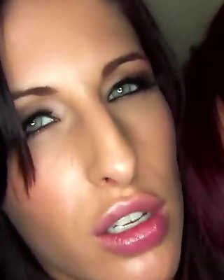 Jayden Jaymes has some naughty fun with Kortney Kane