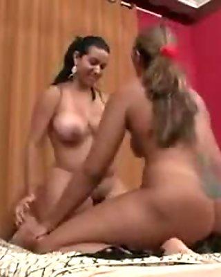Two Brazilian mistresses facesits on bondman