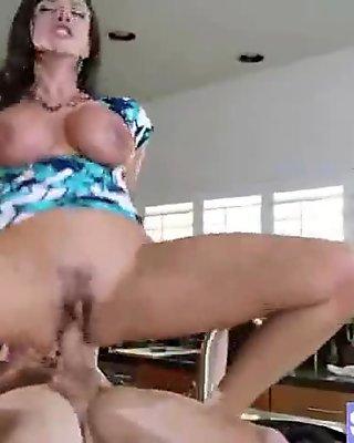 (ariella ferrera) Busty Milf Love Hardcore Sex Action movie-03