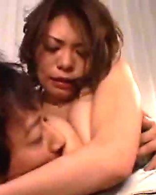 AzHotPorn.com - Large Bouncing Breasts Beautiful E-Body