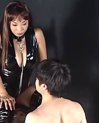 Asian sex queen flaunting big tits while she jumps cock