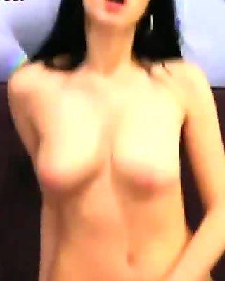 Hot Webcam Teen Perfect Tits Masturbates