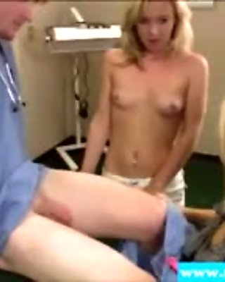 Blowjob loving MILF spoiling dick and uses her big boobs