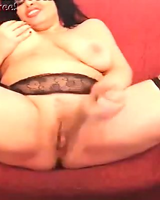 PAWG Dildos Her Wet Pussy On Webcam