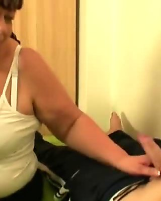 Busty mother-in-law gives up her pussy