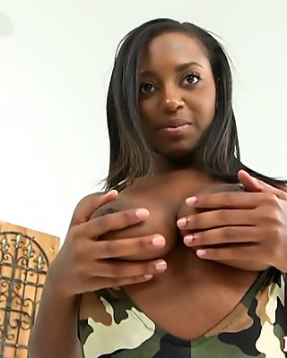 Bigass babe titplaying before fucking