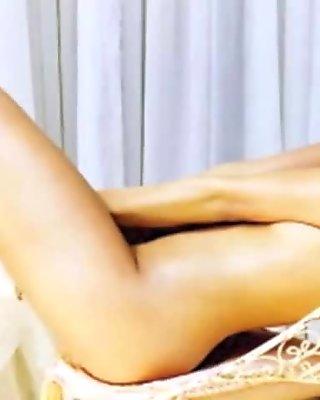 Eva Mendes NUDE!