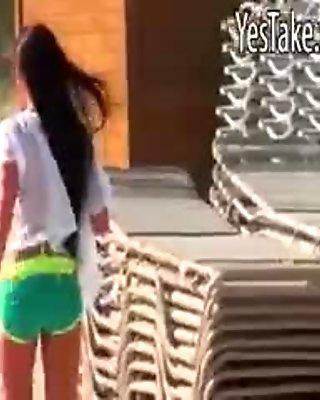 Big ass amateur girlfriend Rahyndee pussy fucked in bikini
